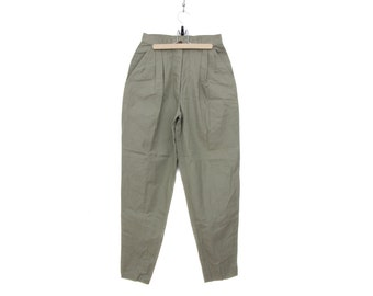 Vintage pants // khaki pants highwaisted tapered trousers // New Old Stock // size M