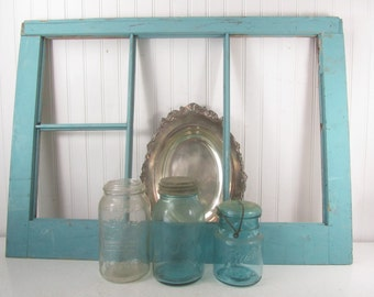 ANTIQUE WINDOW, Shabby Chic Wood Window,  Wall Decor, picture frame, Vintage Window, Wall Hanging, Blue Chippy Paint
