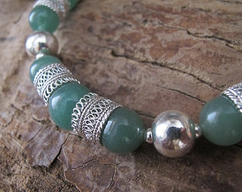 Silver filigree necklace, green choker necklace, Aventurine necklace, Ethnic necklace,Yemenite  necklace,Israel jewelry