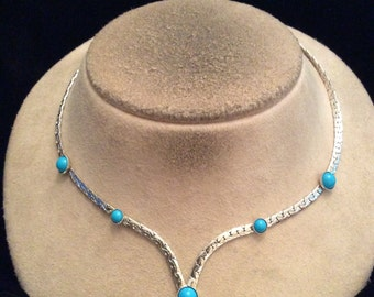 Vintage Signed Sarah Coventry Blue Glass Stone V Necklace