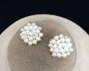 Vintage Chunky Faux Pearl Clip On Earrings