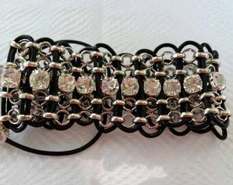 """The elegant"" bracelet mini version in transparent/white"