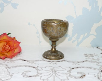 Brass Pedestal Ashtray, Etched Organic Floral Design, Solid Brass, Heavy, Made in India, Indian Brass, Tobacciana, Barware, Homewares