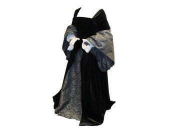 High middle ages splendor robe with French Hood