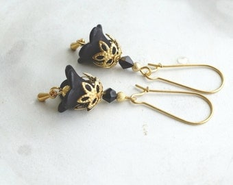 50% OFF SALE Earrings, Black and Gold lucite flower dangle earrings No. 334