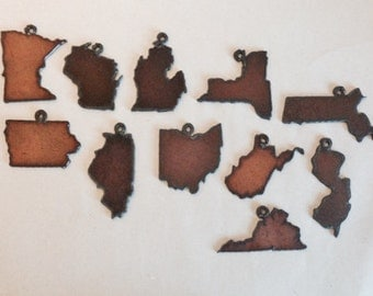 Rusty Metal State Charms (3)all states available
