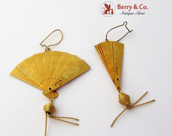 Figural Fan Dangle Earrings Gold Tone Asian Style