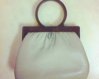 60's Lucite handle handbag
