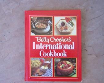 Betty Crocker's International Cookbook, 1980 International Cookbook, Betty Crocker Vintage Cookbook