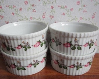 Four Vintage Apilco France Rosebud Ramekins Custard Cups Bowls Ovenproof Ceramics French Kitchenware Porcelaine a Feu Roses Tableware 1970's