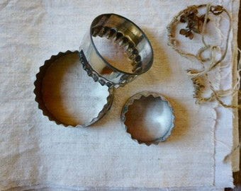 Trio of vintage English Nutbrown scone cookie cutters