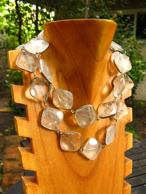 Square Crystal Chain