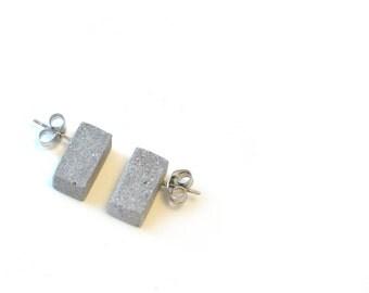 Concrete column stud earring / Brutalist Jewelry / Minimal Earrings / Architectural Earrings / Bauhaus Jewelry