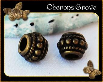 20 Metal spacer beads 8x6mm bronze
