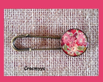Brooch liberty tatum red