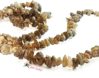 Labradorite chips necklace with 80 cm around the neck
