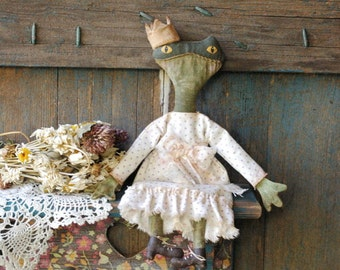Primitive Frog-Primitive Rag Doll-Primitive Spring Decor-Easter Decorations-Primitive Decor-Primitive Easter Decor