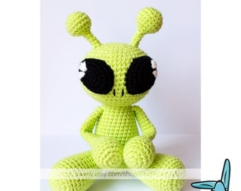 Green alien  - amigurumi  .PDF file crochet pattern.  Fantasy toy. DIY. ENG.