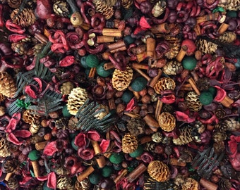 4 Cups Reindeer Forest Scented Potpourri