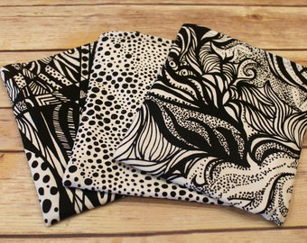 Reusable Snack Bag - black and white