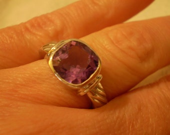 Amethyst (Natural) 925 Sterling Silver Ring Size 6.75
