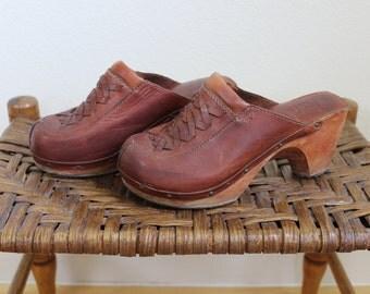 Vintage 1970s Fanfares Leather Woven Clogs Women's 6.5