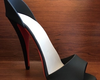 Fondant high heel shoe