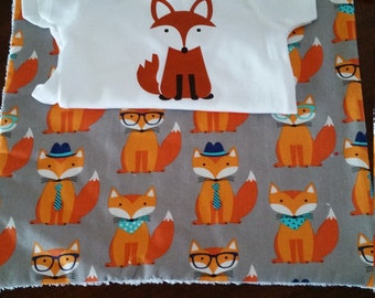 FOXY onesie/burp cloth set