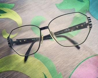 FREE SHIPPING on these retro 1980's Silhouette eyeglasses. Great black and white Zebra print.