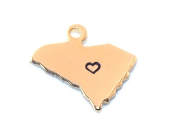 2x Gold Plated South Carolina State Charms w/ Hearts - M115/H-SC