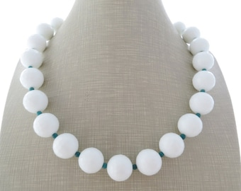 White agate necklace with turquoise, chunky necklace, gemstone choker, beaded necklace, large bead necklace, stone jewelry, gioielli, bijoux
