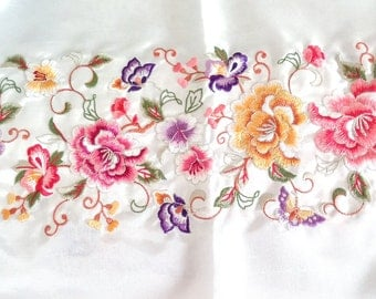 Korean Traditional Flower Embroidery Fabric for Table Runner, Cloth, Dress, Hanbok