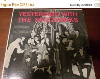 Save 25% Today Scarce 1961 LP Record The Yale Spizzwinks XTV-68819 Excellent Condition Signed by the Entire Group