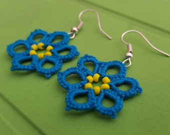 Tatted earrings - owls and flowers