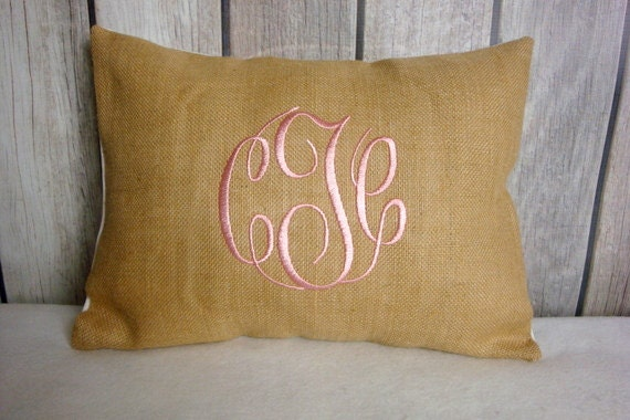 Monogram Burlap. Shabby Chic. Cottage Chic. Burlap Pillow. Pillow Cover