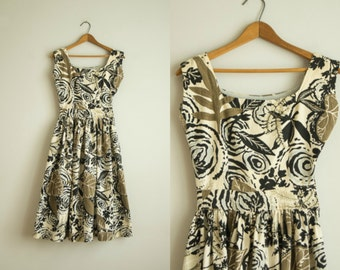 vintage 1960s dress / 60s cotton floral day dress / extra small / Heart of Palm Dress