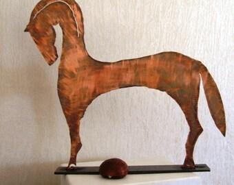 Cavallo in ferro , ramato, tagliato a mano, dimensioni cm 25 x 27