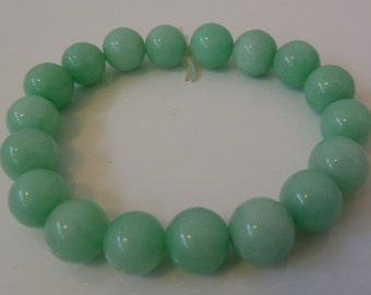 Antique Light Green Jade Beaded Bracelet