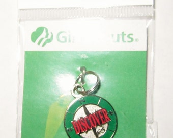 "Girl Scout ""Discover"" Charm"