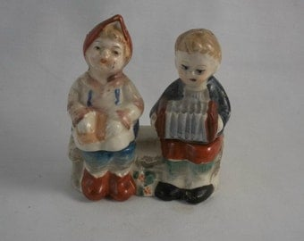One-Pc Boy and Girl Salt and Pepper Shakers