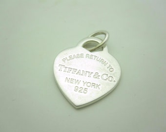 Please Return to Tiffany & Co. Sterling Silver Medium Heart Tag Pendant Charm
