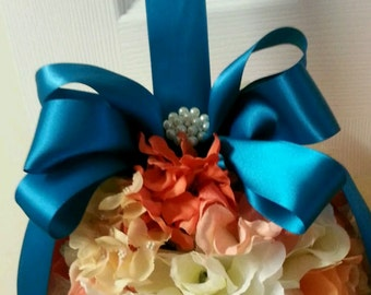 Customized Bridesmaids, or flowergirl Kiss Ball Bouquets.
