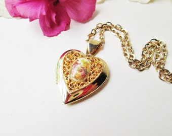 Gold Heart Locket Necklace Vintage Fragonard Porcelain Enameled Metal Puffy Filigree Victorian Colonial Musician Lady Garden Goth French