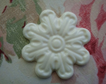Rosette Medallion Applique 1 pc. Furniture Decor Shabby Cottage Chic Vintage