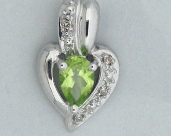 Heart Necklace Natural Peridot with Natural Diamond 925 Sterling Silver