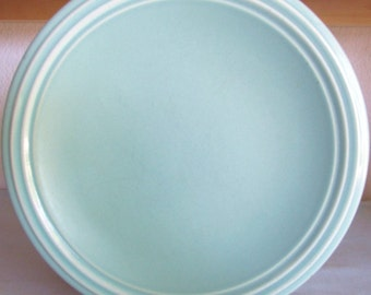Vintage Large Dinner Plate by Pfaltzgraff 10.5in Across Turquoise Color Copyright USA