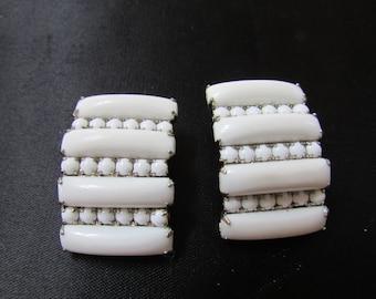Vintage  white milk glass summer jewelry  clip on earrings Rockabilly rhinestones