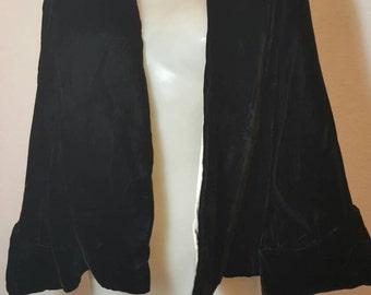 FREE  SHIPPING   1950  Silk velvet Jacket