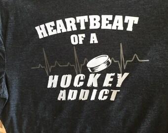 Hockey addict Men's t shirt