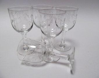 Vintage Set of 5 Noritake Cordial Glasses / Bamboo Etched Stemware / Liqueur Glasses / Aperitif Glasses / Vintage Barware / Bar Glasses